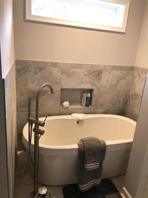Bath Remodel 14