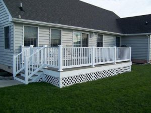 How to Attach Ground-Level Decks to Your Single-Story Delaware Home