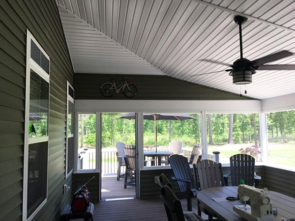 Screened Porch 12