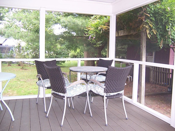 Screened Porch 4