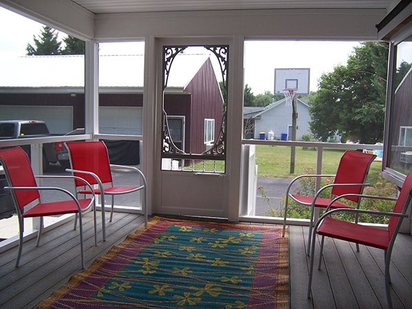 Screened Porch 5