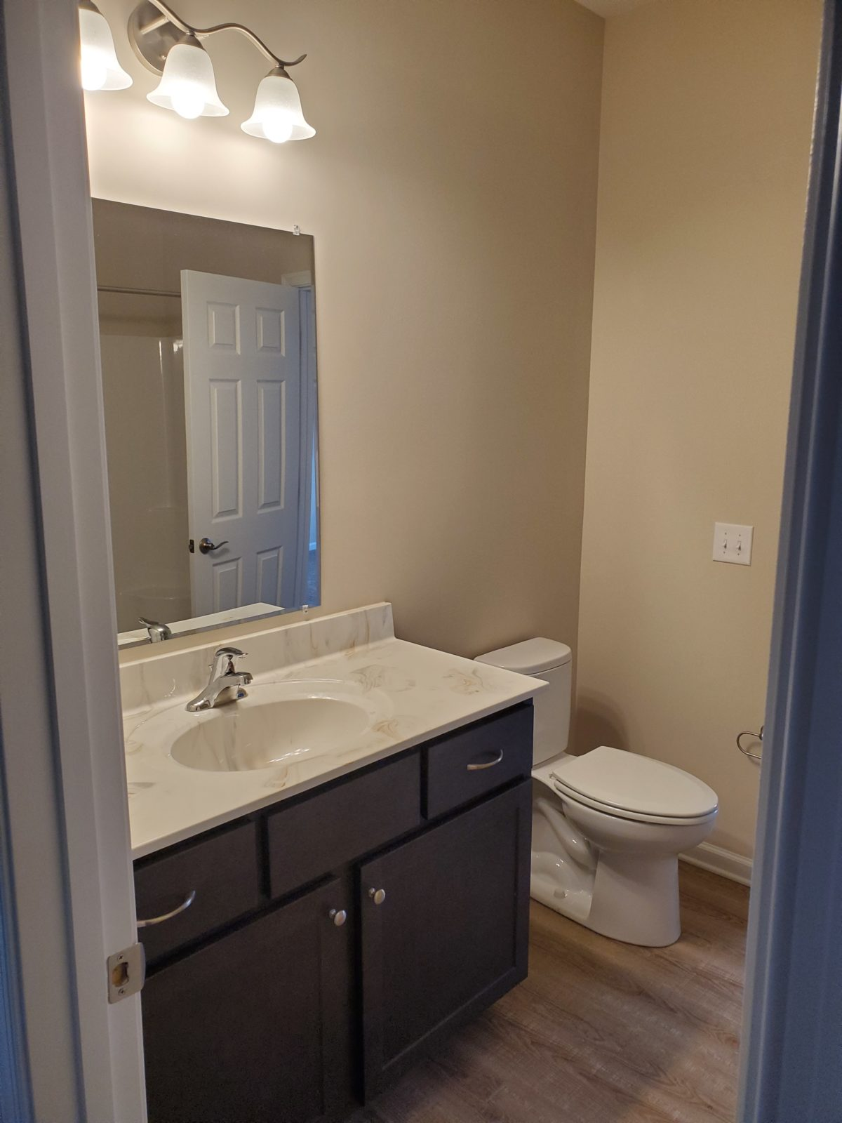 The Bath Remodel: Sizing Up Your Small Bathroom